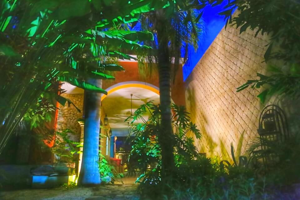 garden, Casa Dos Lirios, Boutique Bed and Breakfast, B&B, Merida, Yucatan, travel Merida, travel Yucatan, Merida accommodations