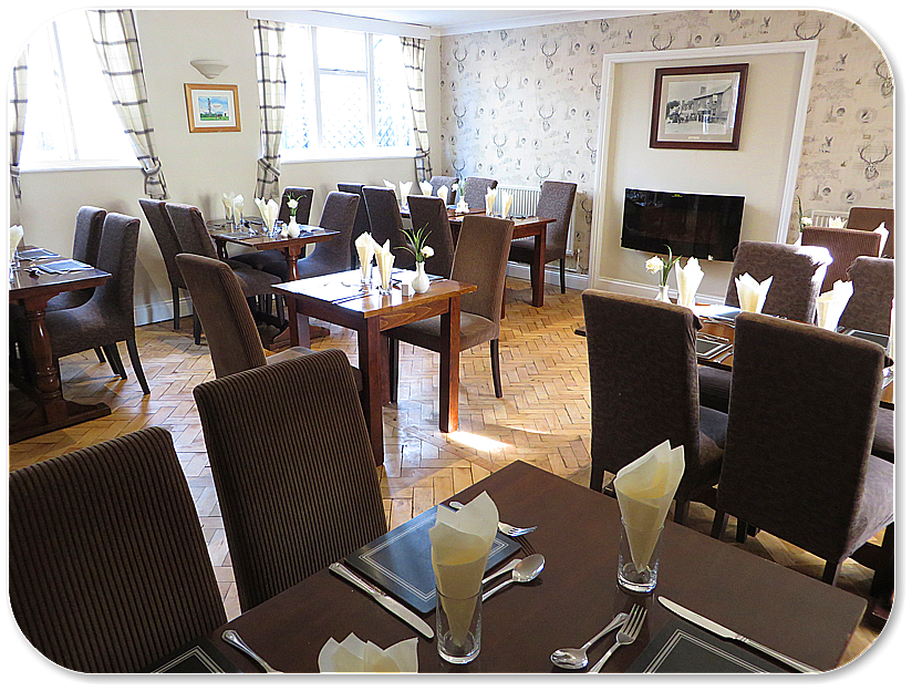 The Roebuck Inn Brimfield Dining room